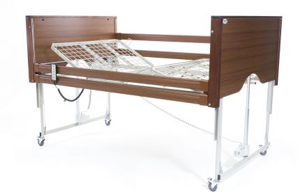 Alerta Encore Bariatric Low Bed Walnut (2)